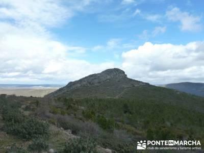 Senderismo Sierra Alto Rey;viajes senderismo agosto;equipo senderismo verano